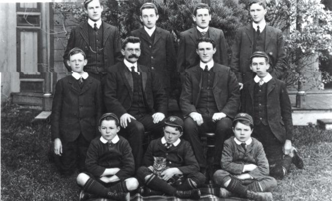1890New-College-Students-with-Principal-AR-Stephenson-1899