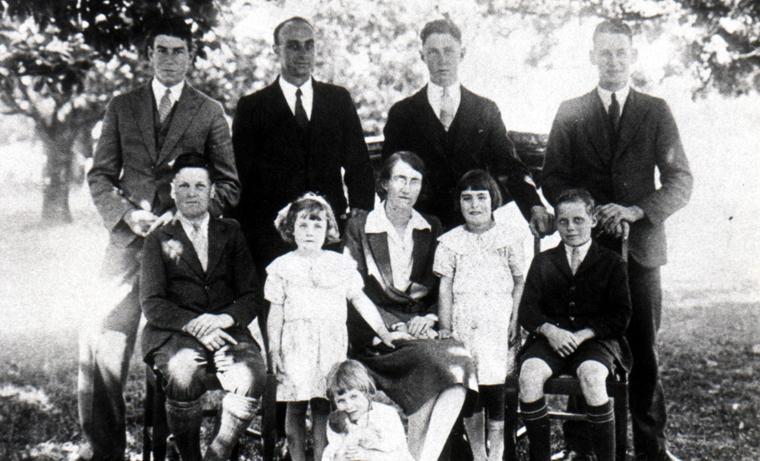 KWC-1933